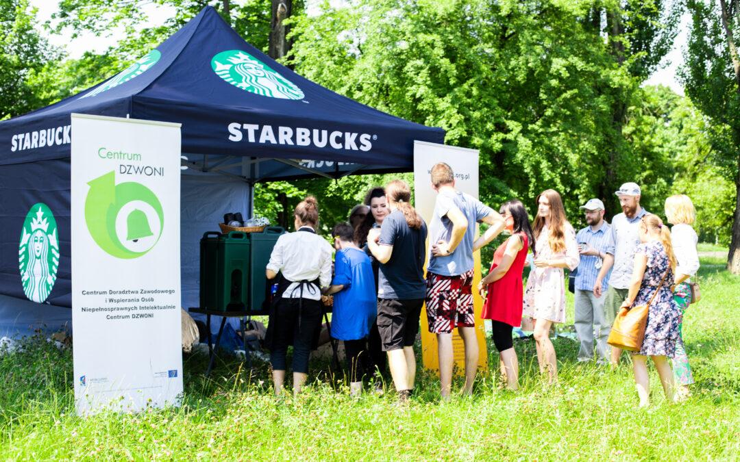 Piknik Centrum DZWONI i Starbucks
